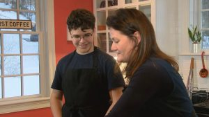 Teens Cook: French Edition – Season 2 – Episode 3 – Kings Cake