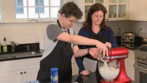 Teens Cook: French Edition – Season 2 – Episode 6 – Floating Island