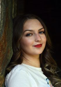 Meet the Intern – Kayla